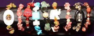 BRACELETS - CHIP STONES ON STAND